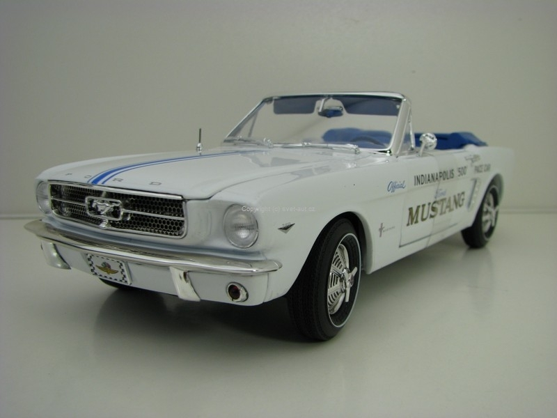 Ford Mustang 1964-1/2 Indianapolis 500 Pace Car 1:18 Ertl - Auto World AW209