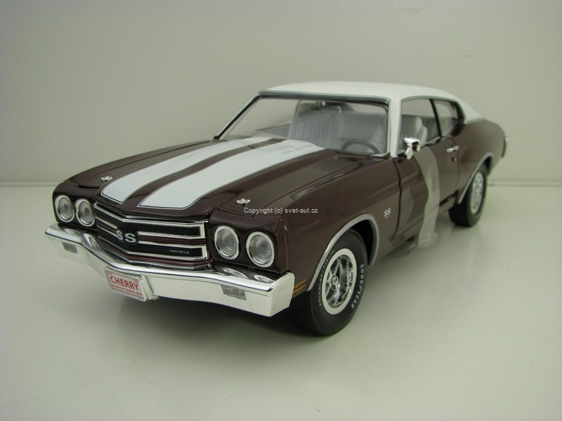 Chevrolet Chevelle SS 1970 Purple Metallic American Muscle 1:18 Ertl - Auto World AMM1011