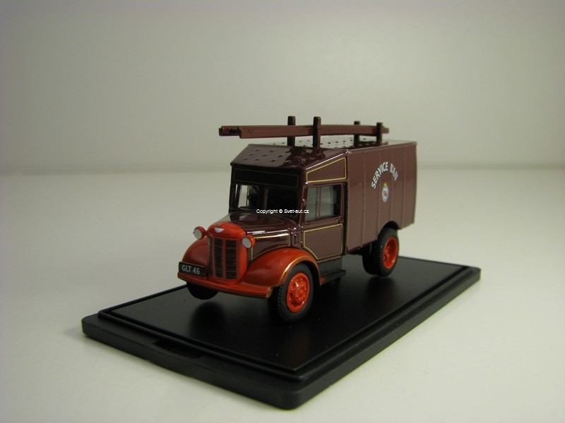 Austin ATV Newcastle & Gateshead Fire Service 1:76 Oxford