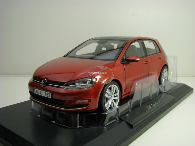 Volkswagen Golf 7 2014 Red Metallic 1:18 Norev