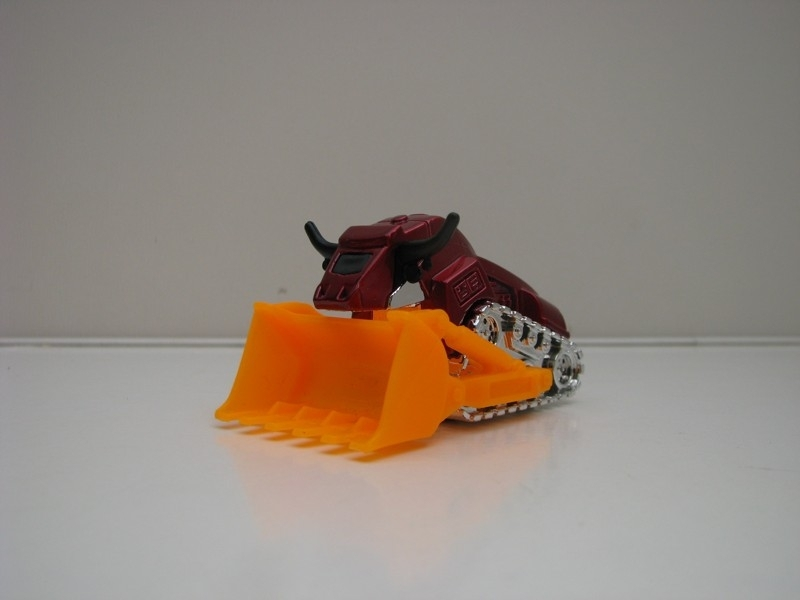 Bulldozer 04 bez blistru Matchbox