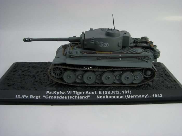 Tank Pz.Kpfw. VI Tiger Ausf. E Sd.Kfz. 181 Germany 1943 1:72 Atlas edition