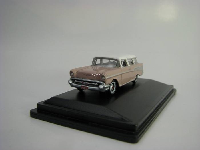 Chevrolet Nomad 1957 Duskpearl/Imperial Ivory 1:87 Oxford