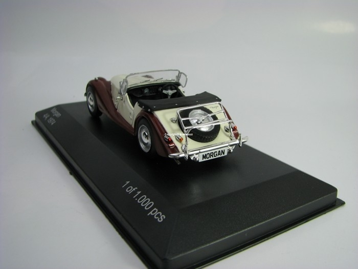 Morgan 4/4 1974 Beige/Brown 1:43 White Box
