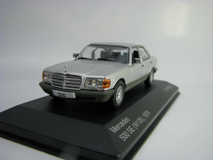 Mercedes 500 SE W126 1979 Silver 1:43 White Box