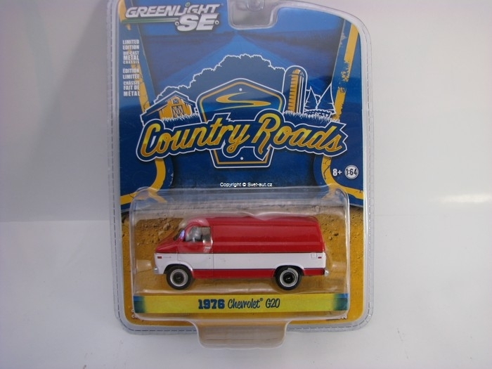 Chevrolet G20 Van 1976 Country Roads 1:64 Greenlight
