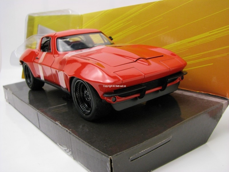 Letty's Chevy Corvette Stingray 1966 Fast and Furious 8 1:24 Jada Toys