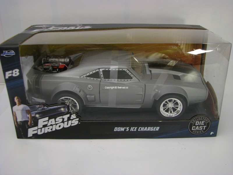 Dom\'s Ice Dodge Charger R/T Fast and Furious 8 1:24 Jada Toys