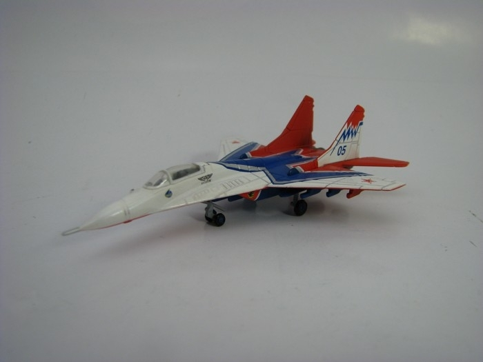 Mikoyan Mig-29 Rusian Air Force acrobatic team 1:200 Herpa