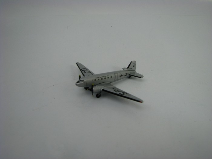 Douglas DC-3 LOT Polish Airlines 1:500 Herpa