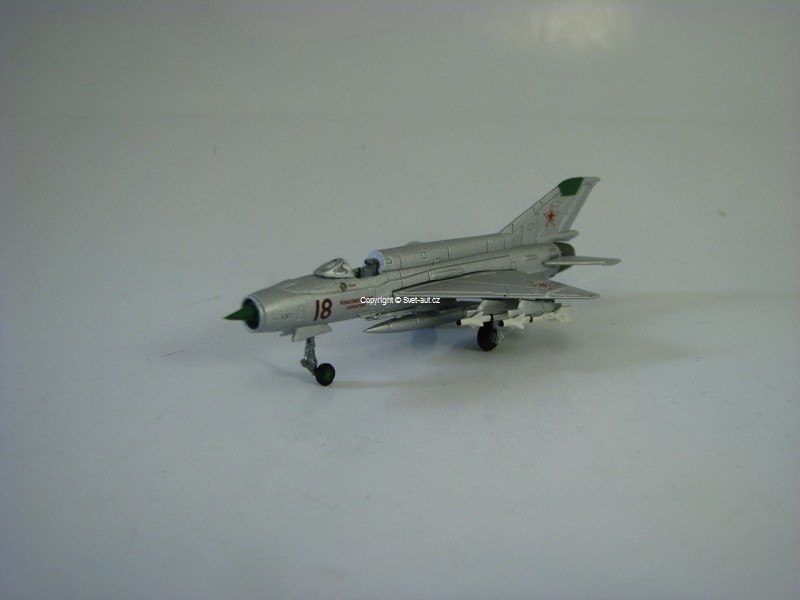 Mikoyan Mig-21SM Soviet Air Force 1:200 Herpa