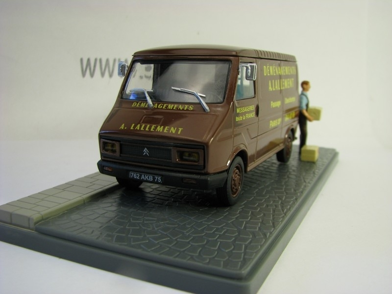 Citroen C35 Fourgon Déménagements 1:43 Atlas Edition