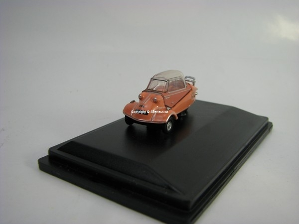 Messerschmitt KR200 Buble Top pink 1:76 Oxford