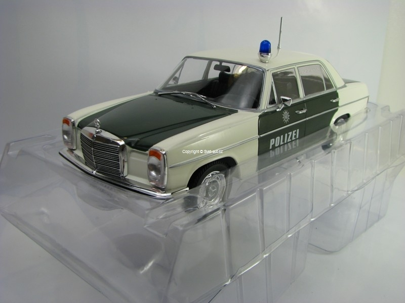 Mercedes-Benz 220/8 W115 Polizei 1973 1:18 MCG Modelcar Group