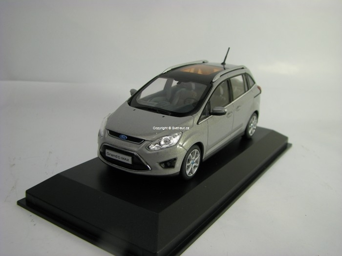Ford Grand C-Max 2011 Grey Metallic 1:43 Minichamps