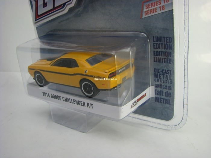 Dodge Challenger R/T 2014 Yellow 1:64 Greenlight GL Muscle Serie