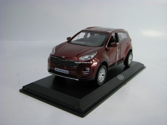 Kia Sportage Purple metallic 1:38 Pino B&D