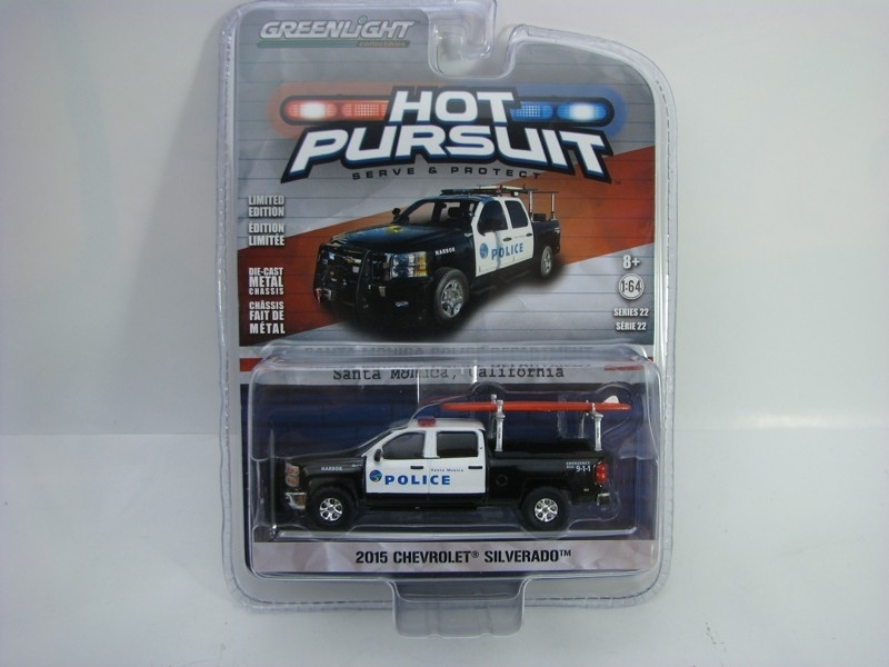 Chevrolet Silverado 2015 Santa Monica 1:64 Hot Pursuit série 22 Greenlight