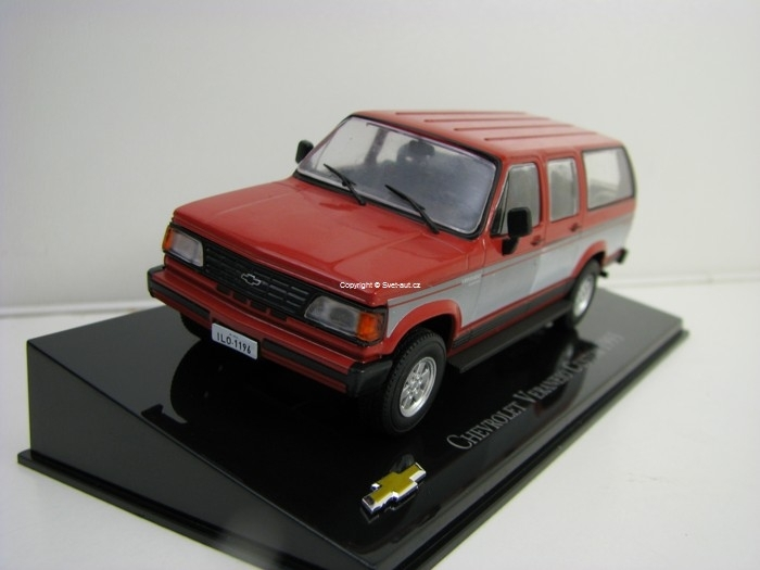 Chevrolet Veraneio Custom 1993 Red 1:43 Ixo Altaya