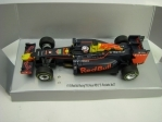 Formule 1 Red Bull Racing Tag Heur RB12 No.3 Ricciardo Pull back Carrera 17178
