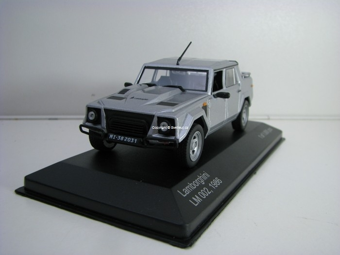 Lamborghini LM 002 1986 Silver Metallic 1:43 White Box