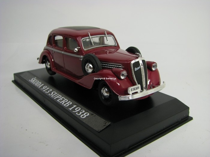 Škoda 913 Superb 1938 Purple s vitrínkou 1:43 Edition Atlas