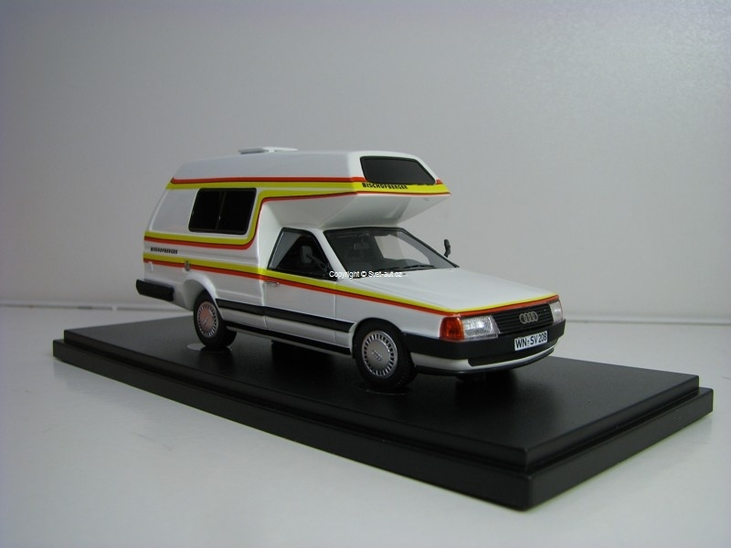 Audi 100 Type 44 Bischofberger Familly 1985 1:43 Autocult