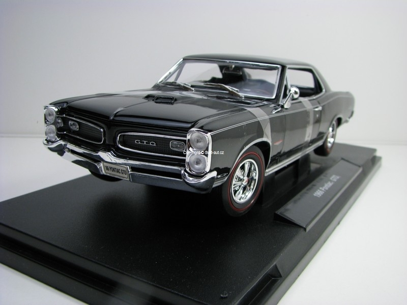 Pontiac GTO 1966 Black 1:18 Welly