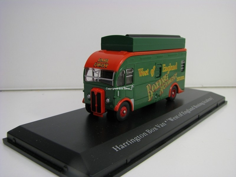 AEC Harrington Box Van West England Boxing Academy 1:76 The Greatest Show On Earth