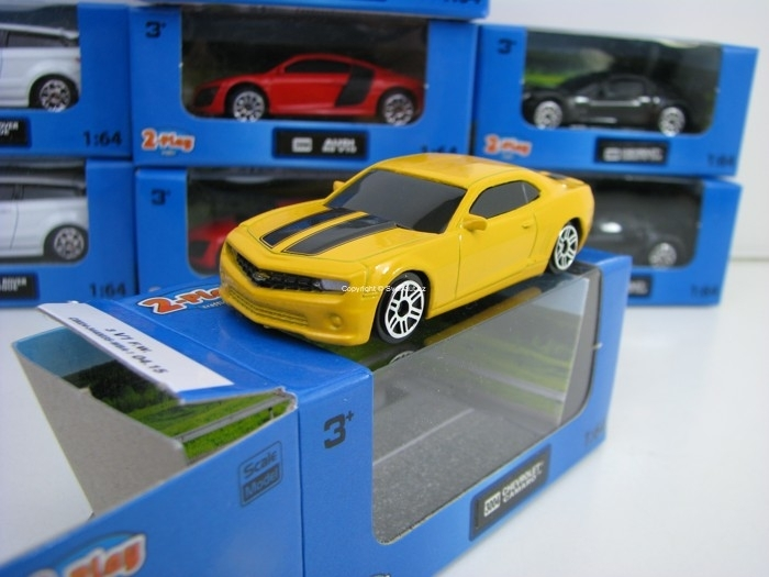 Chevrolet Camaro Yellow 1:64 2-Play traffic