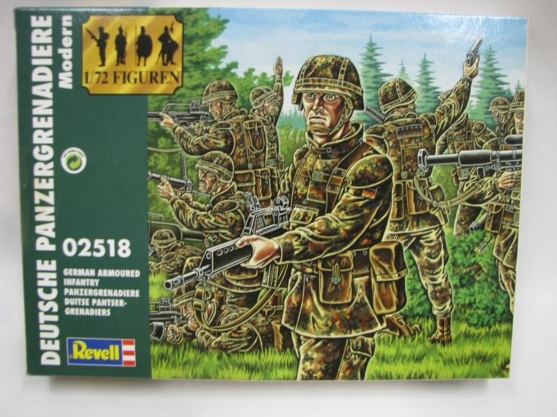 German Armoured Infantry figurky 1:72 Revell 02518