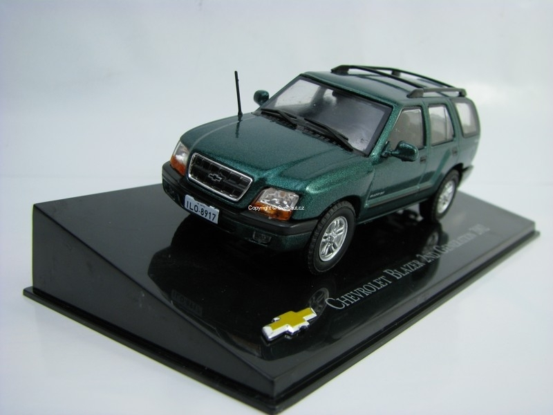 Chevrolet Blazer 2ND Generation 2002 Green 1:43 Ixo Altaya