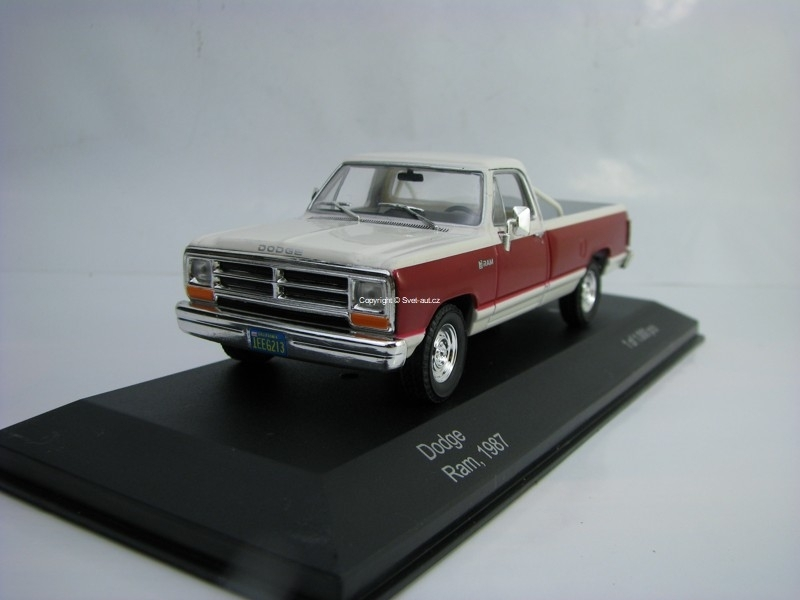Dodge Ram 1987 1:43 White Box WB180