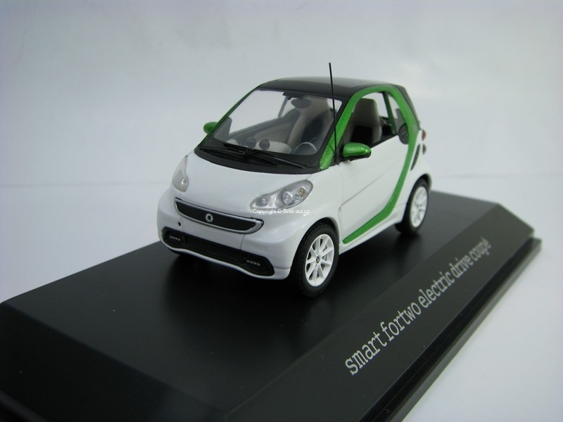 Smart Fortwo electric drive coupé 1:43 Spark