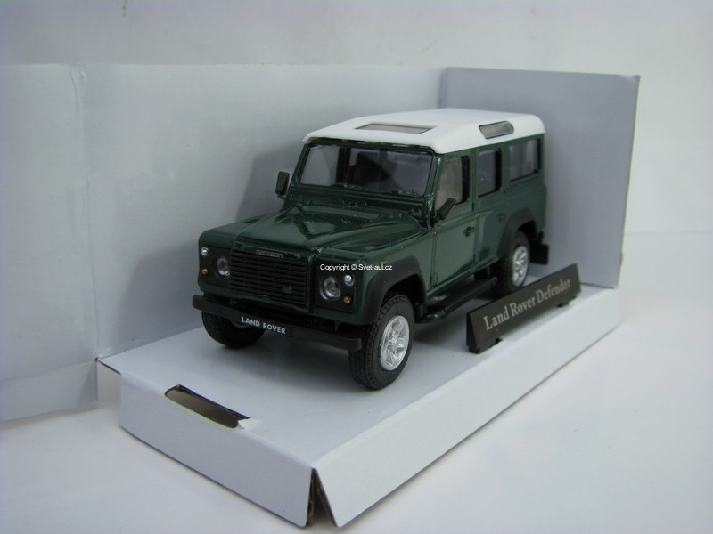 Land Rover Defender 110 Long Green 1:43 Cararama