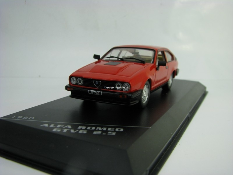 Alfa Romeo GTV6 2,5 1980 Red 1:43 White Box WB249