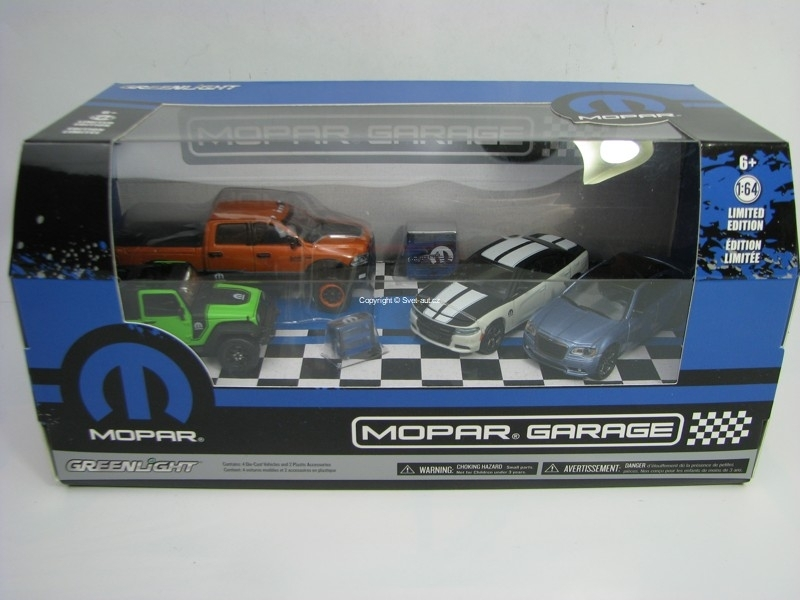Mopar Garage 1:64 Greenlight Diorama