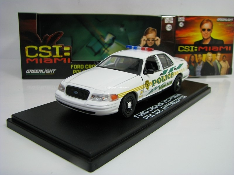 Ford Crown Victoria Police Interceptor Miami-Dade 1:43 Greenlight 86508