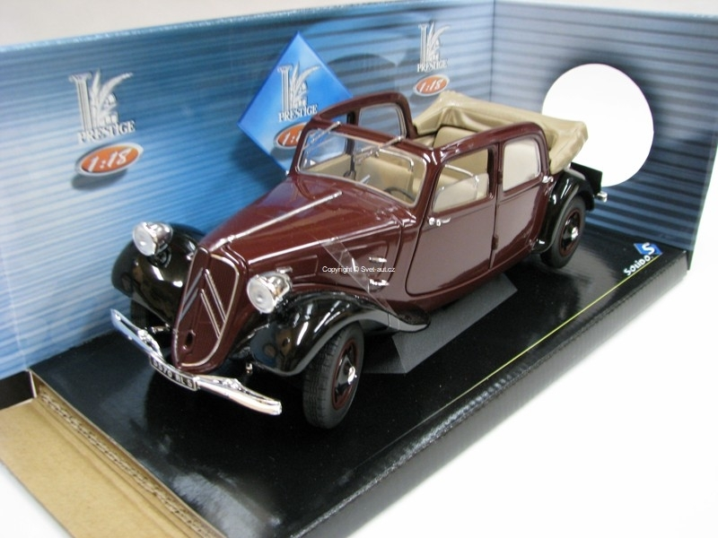 Citroen Traction AV 11 Décourvrable 1938 Purple 1:18 Solido