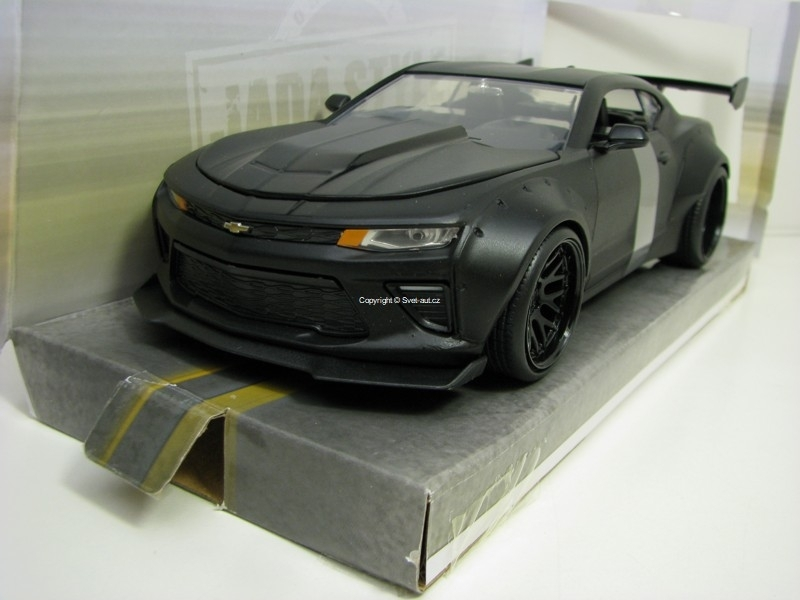 Chevrolet Camaro SS 2016 Matto Black 1:24 Wide Body Jada Toys