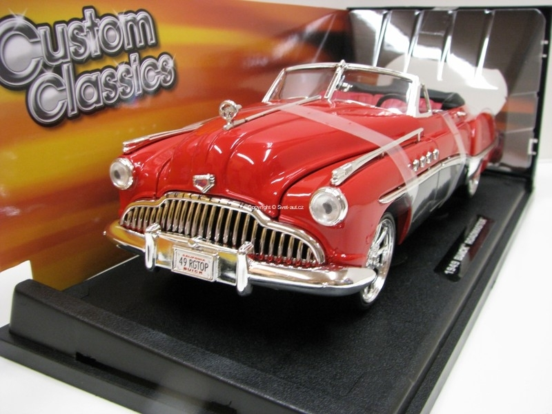 Buick Roadmaster 1949 Red/Black Custom Classics 1:18 Motor Max