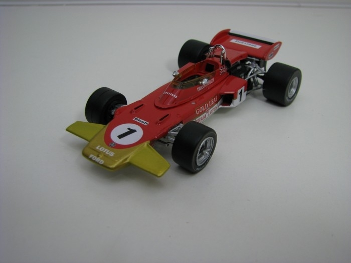 Lotus type 72D No.1 Emerson Fittipaldi 3rd French GP 1971 1:43 Quartzo