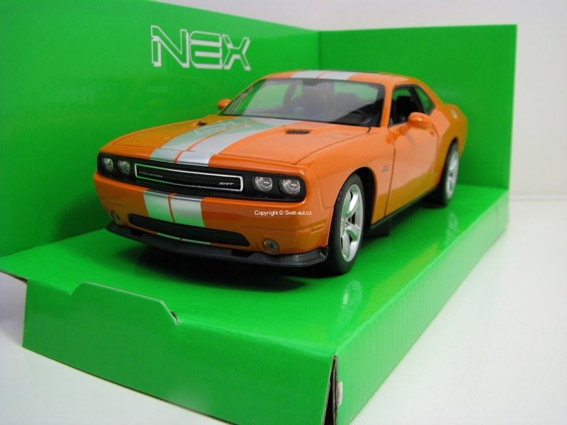 Dodge Challenger SRT 2012 Orange 1:24 Welly
