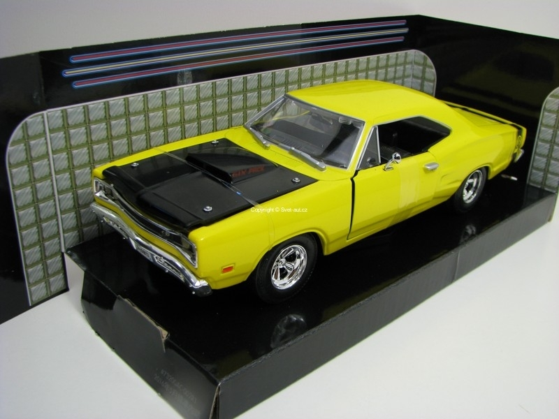 Dodge Coronet 1969 Super Bee Yellow 1:24 Motor Max