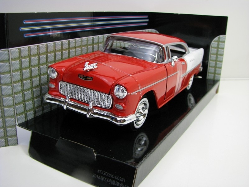 Chevrolet Bel Air 1955 Red/White 1:24 Motor Max