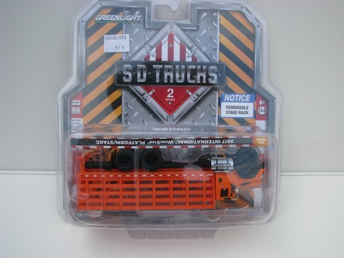 International WorkStar Stake 2017 1:64 SD Trucks Greenlight