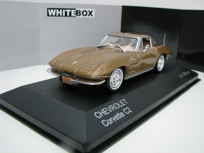 Chevrolet Corvette C2 Stingray Gold 1:43 White Box
