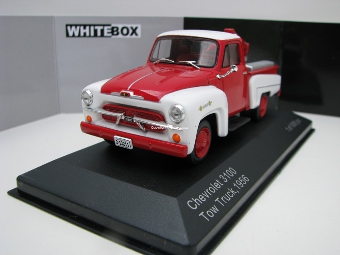 Chevrolet 3100 Tow Truck 1956 Red/White 1:43 White Box