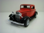 Ford 3-Window Coupé 1932 Red Pull back 1:34 Kinsmart