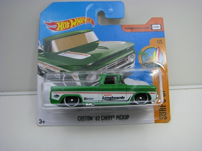 Custom 62 Chevy Pickup White Hot Wheels Surfs Up-2017-DTY41